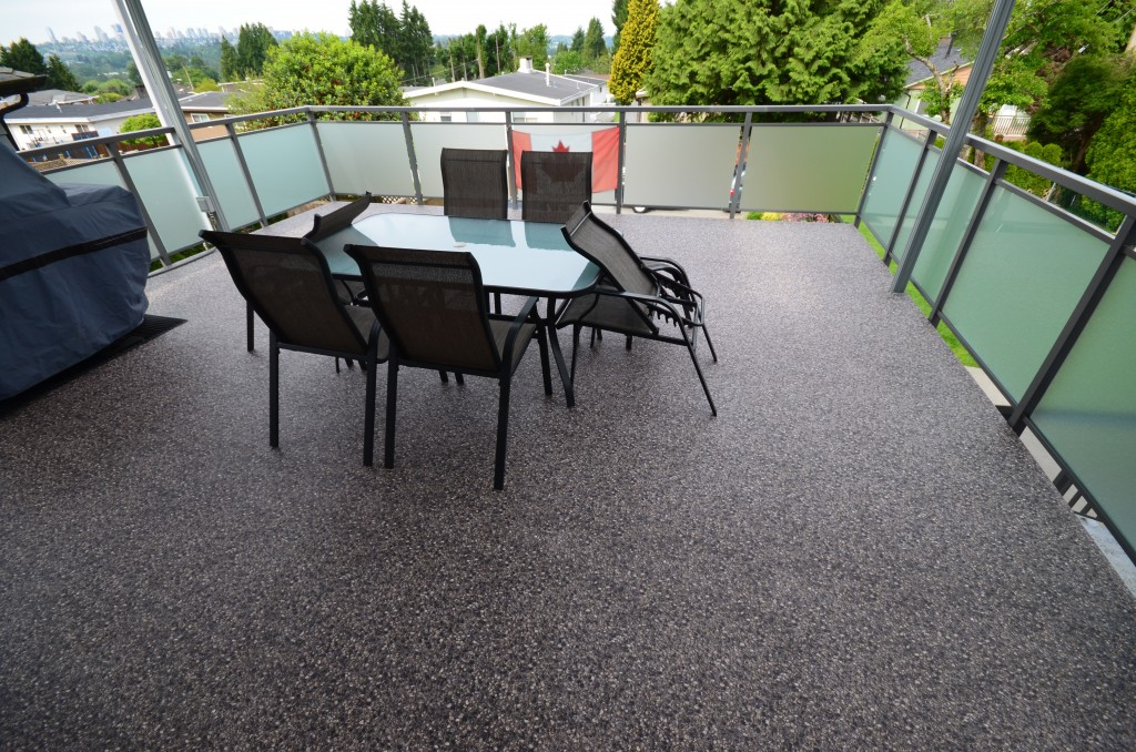 Vinyl Decking in Coquitlam