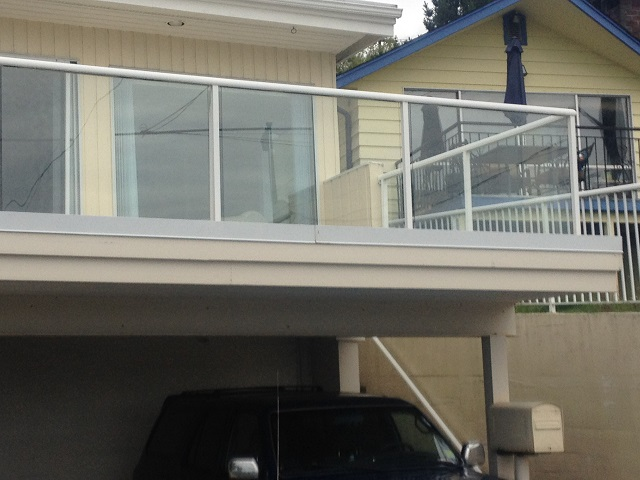 Glass Railings: An Excellent Way to Take Advantage of Your View