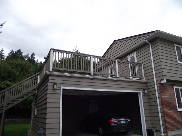 Here's Why Deck Railings Are Necessary for Safety and Style
